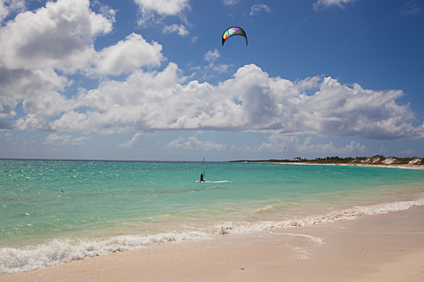 Kitesurfing beginner gives it a try in Anguilla
