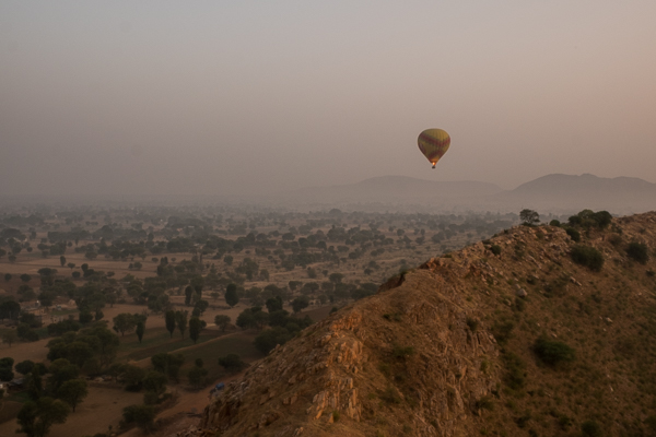 Hot-air balloon ride in Jaipur, India