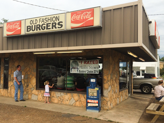 Burger Land in Paris, Texas