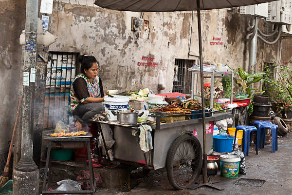 Food cart at backstreet intersection